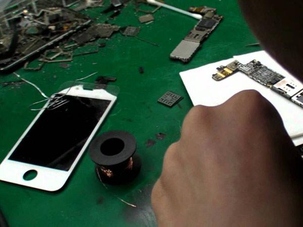 Un-ora-di-riparazione-San-lazzaro-di-savena