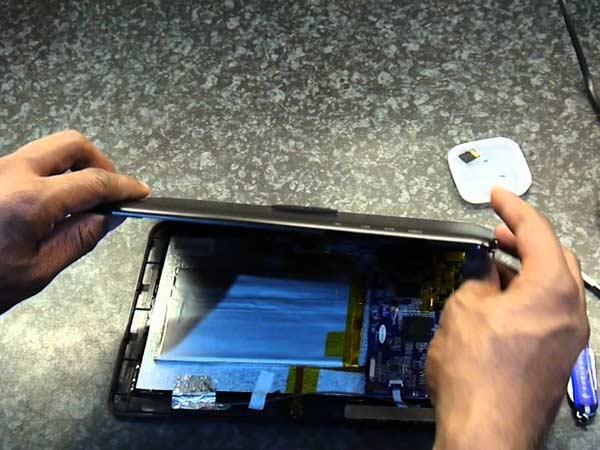 Quanto-costa-sostituire-display-rotto-Imola